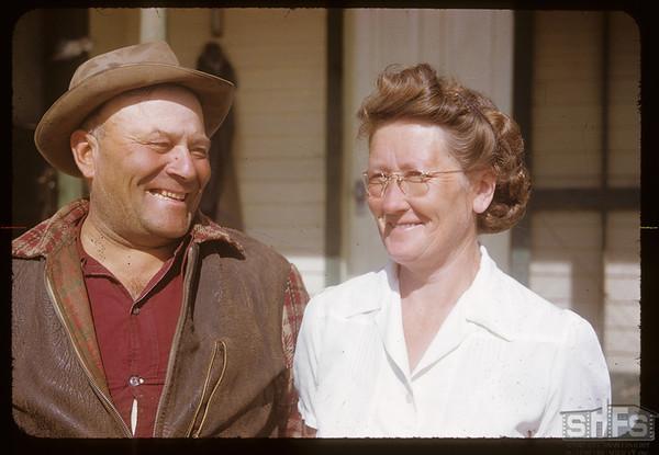 Mr & Mrs Clarence Anderson.  Shaunavon.  09/22/1952