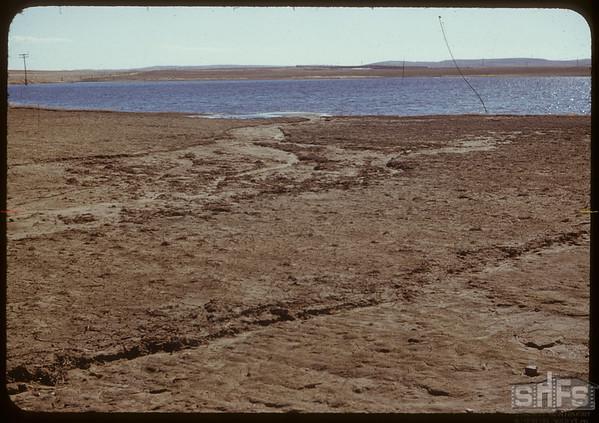 Water erosion 1 1/2 miles NE of Shaunavon..  Shaunavon.  04/29/1951