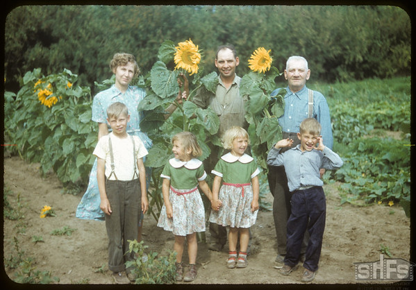 Victor Kalinowski family..  Shaunavon.  08/24/1954