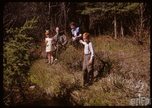 South Fork Valley [Pine Cree Park - Dianne & Frank & Anne & Barrett Halderman - picture donated to SHFS by Barrett Halderman].  South Fork.  05/20/1951