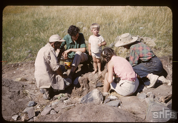 Archaeologists on the White Mud. Bracken. 07/17/1960