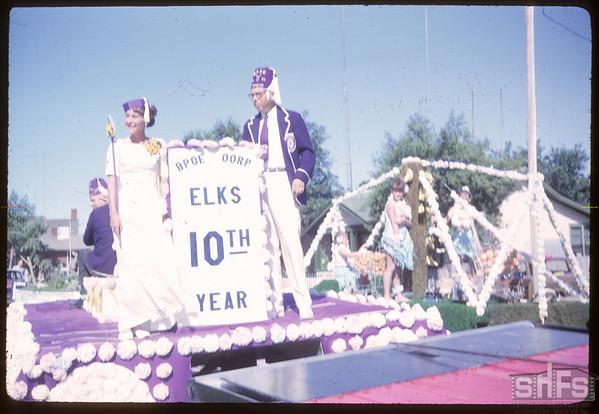Rodeo Parade - Elks float.  Shaunavon.  07/20/1964