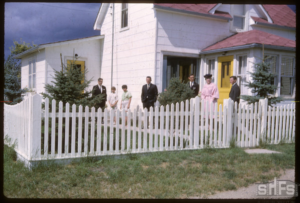 Steve and Francis Hanson in front of home.  Shaunavon.  08/29/1965