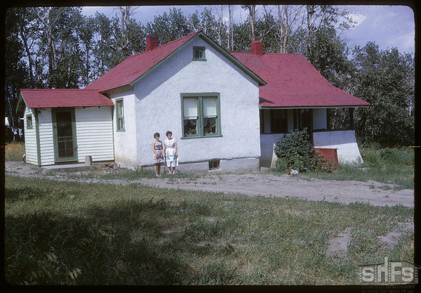 Rod and Francis Sinclair home.  Shaunavon.  07/27/1964
