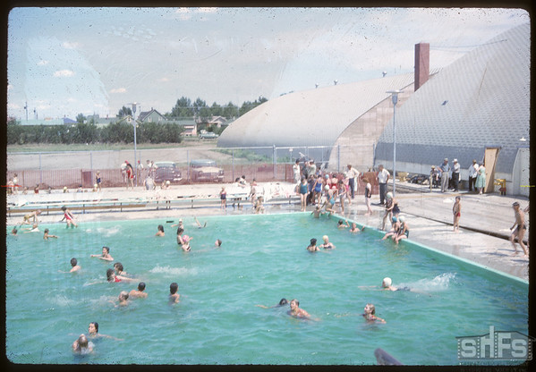 Shaunavon's new swimming pool. Shaunavon.	 07/16/1963