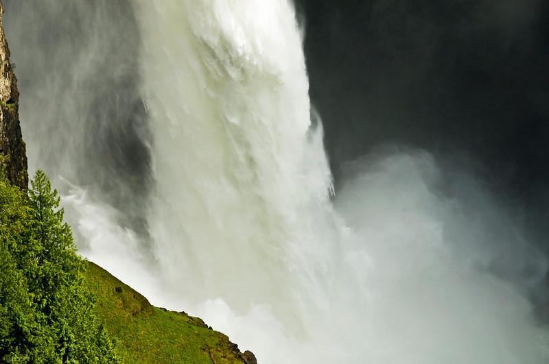 November 21, 2012<br /> <br /> The Power of Water<br /> <br /> Helmcken Falls,<br /> Wells Gray Provincial Park, B.C.