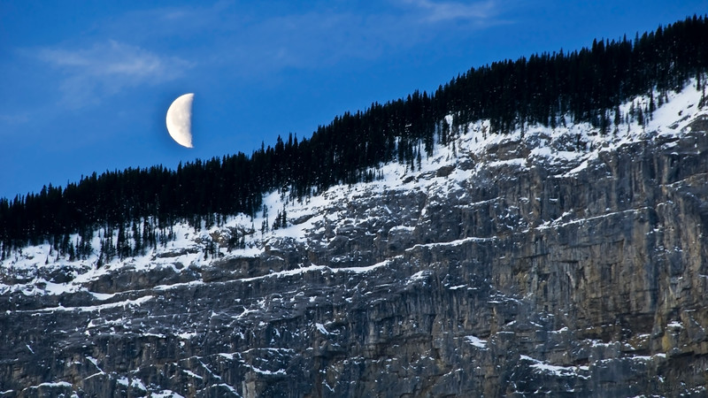 January 24, 2014<br /> <br /> Morning Moon<br /> <br /> Jasper National Park, Alberta<br /> <br /> * Jasper in January<br />  For the month of January, I will be editing images from my annual trips to Jasper in January.