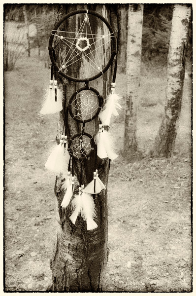 """April 13, 2014<br /> <br /> Dream Catcher<br /> <br /> * This could work for the letter """"O"""" in the Alphabet challenge :)"""