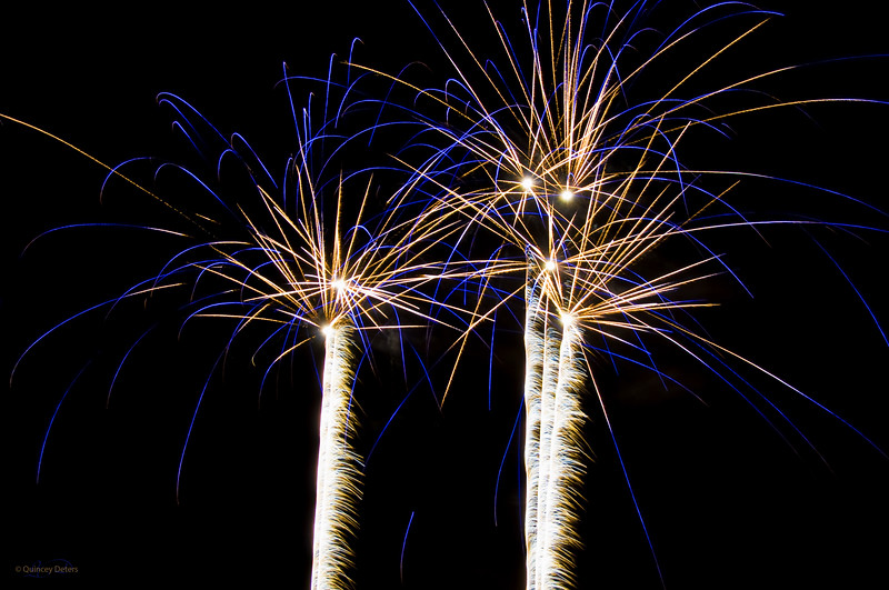"February 4, 2011<br /> <br /> ""Celebrate""<br /> <br /> Jasper in January Fireworks<br /> Centennial Park<br /> Jasper, Alberta"