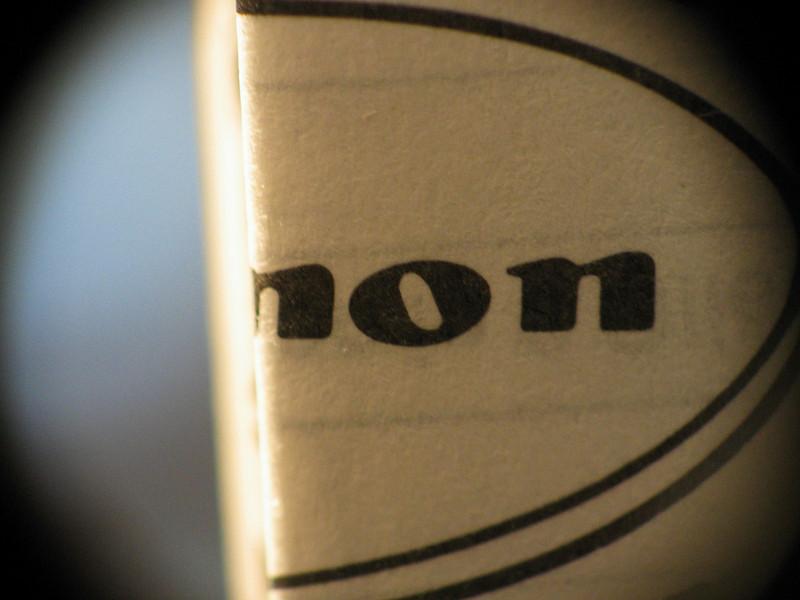 Macro: reversed EF 50mm f/1.8 II on G3, folded lens manual