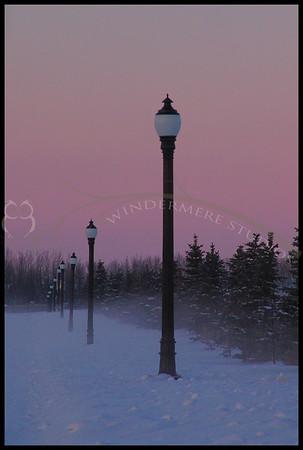 Jan. 3, 2005 : Lamp Posts at dusk