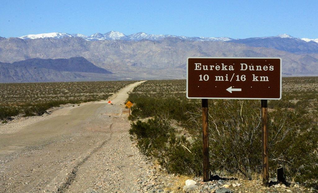 Eureka Dunes Death valley