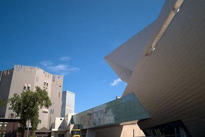 August - Art museums