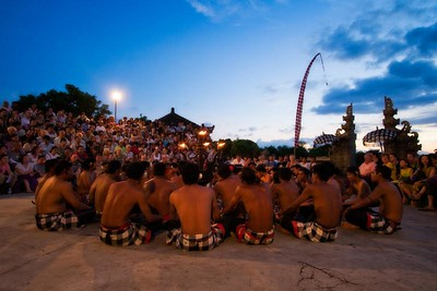 cliffside Kecak Dance at the mind-blowing Ulu Watu Temple.