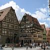 Main square of Rothenburg ob der Tauber in  Bavaria, Germany (Главная площадь среднивекового Ротенберга в Германии)