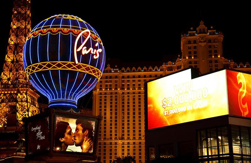 September 22, 2009<br /> Las Vegas Lights