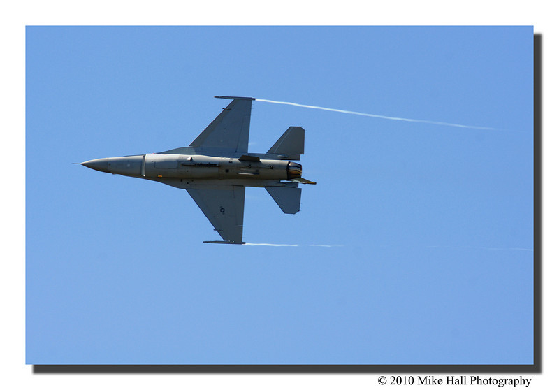 """The Knifedge""<br /> The F-16 doing the knifedge flyby."