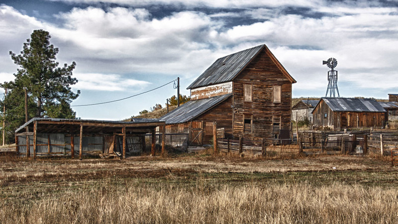 """9/15/11: From my """"Barns of Colorado"""" series and shot with Tamron's 18-270mm f/3.5-6.3 Di II VC PZD edit"""
