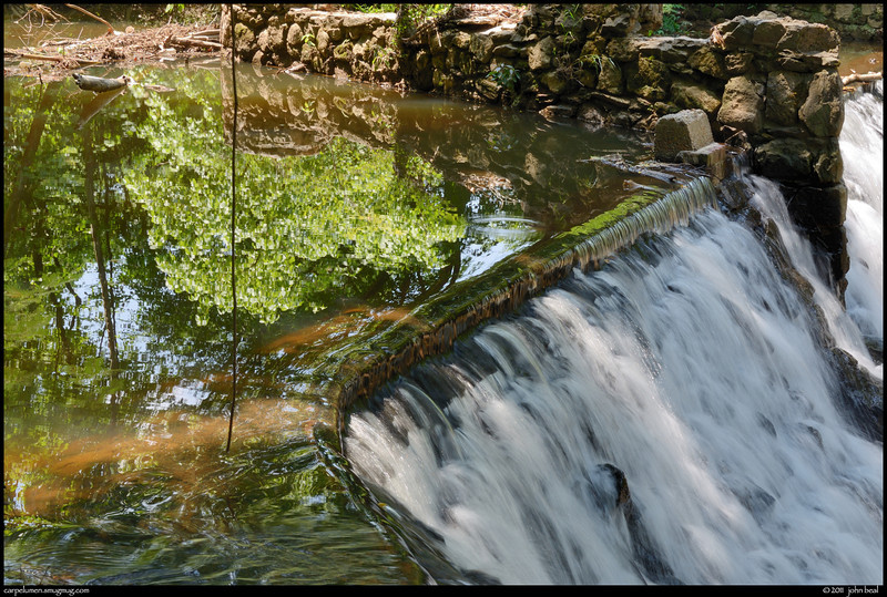 (31May11)<br /> <br /> lullwater grist mill dam, south fork peachtree creek. <br /> <br /> f/11, 1/20s, iso 100.
