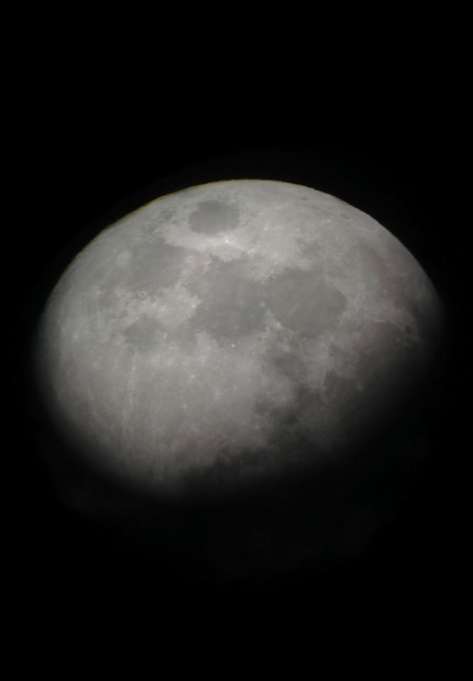 Shoot the Moon -1