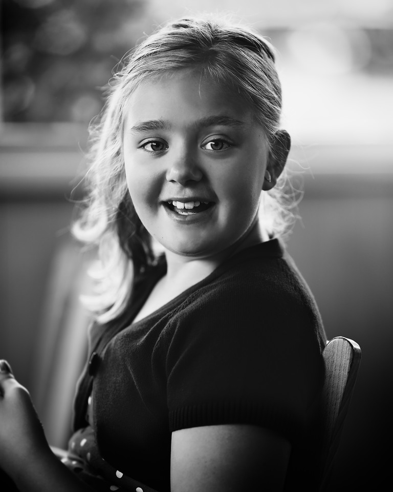A quick shot of our friends' adorable little girl while we all grabbed some lunch.
