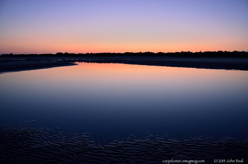 "1Apr13  tidal pool at dusk, st simons island, georgia.  <a href=""http://carpelumen.smugmug.com/Photography/2012/April12/22265007_PGW3JC#!i=1778760755&k=7gKWk7Q"">one year ago.</a>  f/5, 1/80s, iso 640"