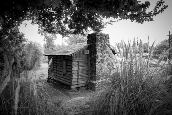 Strode-Prithett Log Cabin