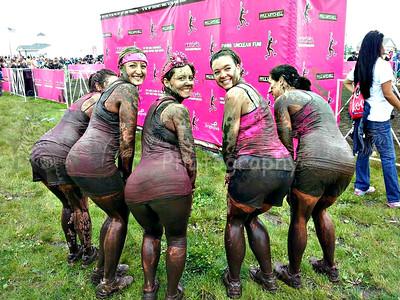2013 Dirty Girl Mud Run Mud Hotties