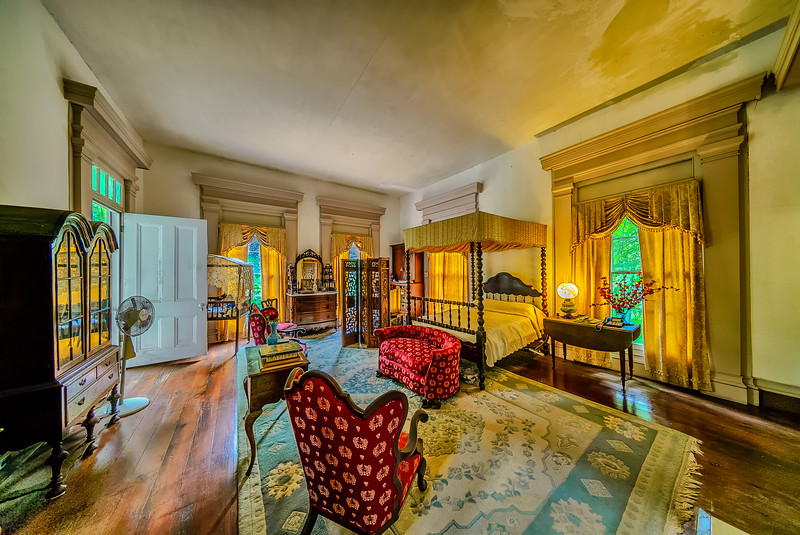 Waverly Mansion 2nd Floor Back Bedroom Right