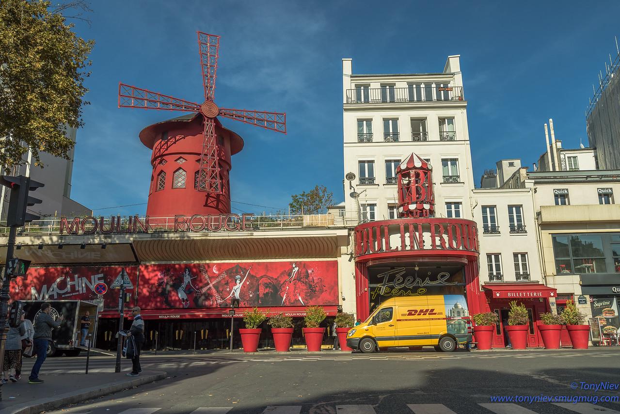 IMAGE: https://photos.smugmug.com/Photography/2018-France-October/i-JHwtvSG/0/c1436bf3/X2/DSC08488-X2.jpg
