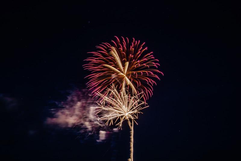 2018 Fireworks Rising Amongst Stars