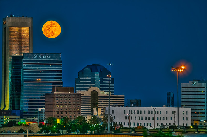 Full Blue Moon May 2019 over Jacksonville Florida
