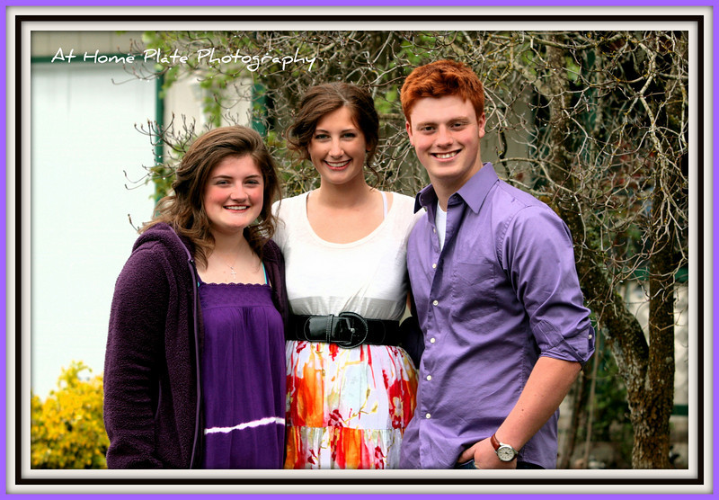 April 24, 2011<br /> Sunday, 10:40<br /> <br /> Happy Easter!<br /> Taylor, Taryn and Johnny just before church<br /> <br /> f/4.5,1/250, 85mm, ISO 200