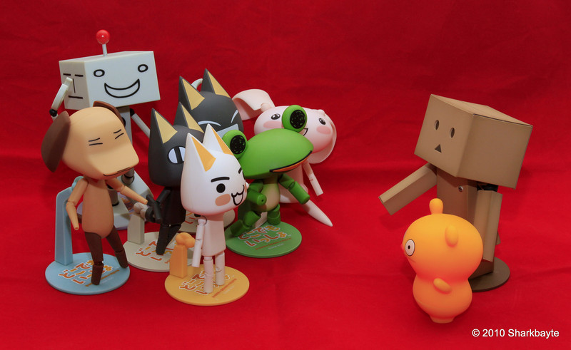 """The """"Boys"""" are back in town! And so is Jun. Danboard and Trunko do the meet and greet at the airport. It's going to get very busy and noisy at the house. Day 229/365 @sharkbayte"""