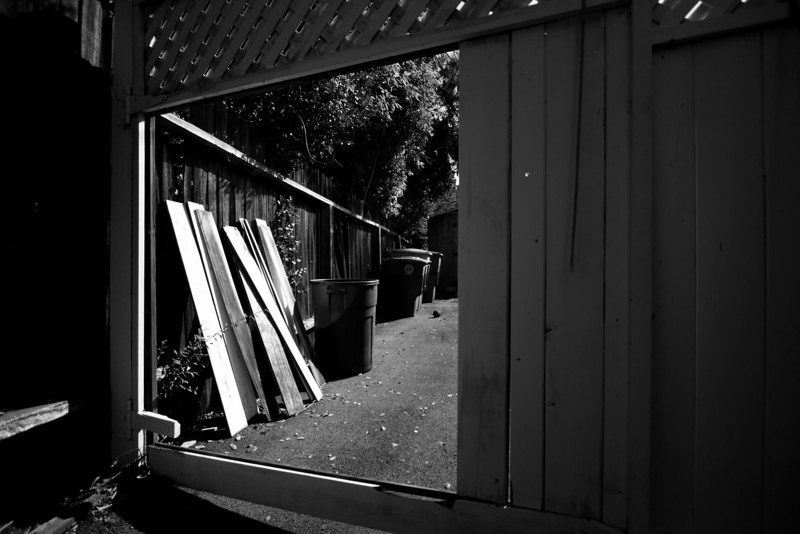 Day 85. October 1, 2010. In need of fence repairs?<br /> <br /> EF-S 10-22mm f/3.5-4.5 @ 10mm, f/3.5. 1/800s. ISO 100.