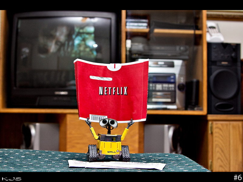 Wall-e is a netflix fan! It's been a rainy and dreary weekend here, so movies fit the scene very well.