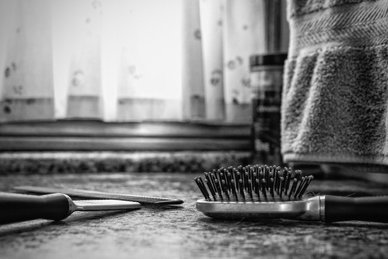 Tools<br /> It's monochromemonday once again. Not much motivation yet today so it's the bathroom counter with my favorite black n white technique Wet Rocks.