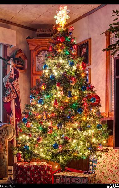 Christmas Tree<br /> <br /> 20 days till xmas :-)
