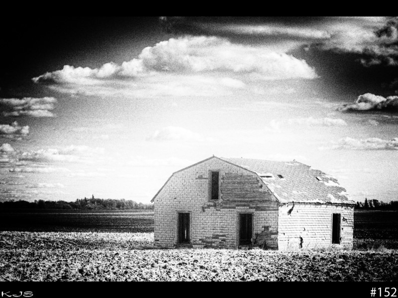 Barn<br /> <br /> Went for an old creepy look on this barn in the middle of nowhere