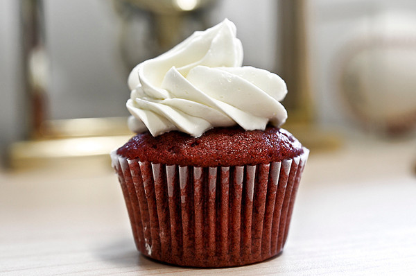 1226 luscious<br /> <br /> Red velvet lusciousness.