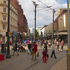 Finally, just before cloud finally overwhelmed sun, A shot of the Sunday crowds on Market Street.