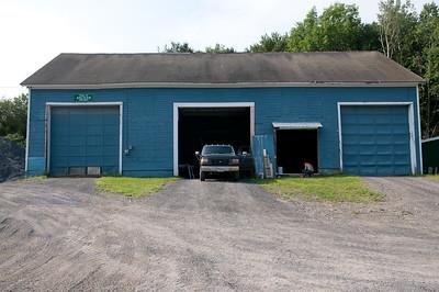 1008_Ancram Garage Crew_007