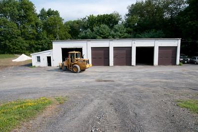 1008_Ancram Garage Crew_008