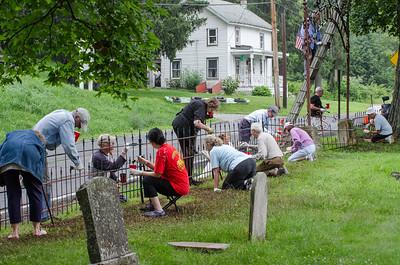 1307_volunteers paint fence_015
