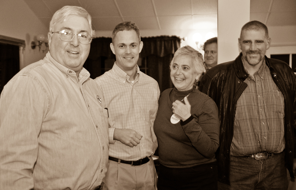 0911_BassinElectionParty_022
