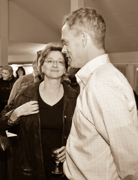 0911_BassinElectionParty_014