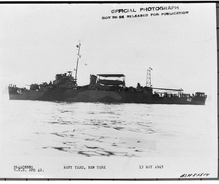 USS Gantner (APD-42)<br /> <br /> Date: May 13 1945<br /> Location: Navy Yard, NY<br /> Source: William Clarke - National Archives