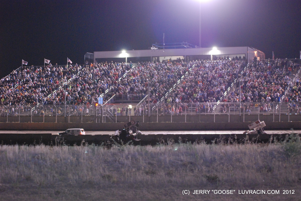 WOO SPRINT CAR AND LATE MODEL FANS