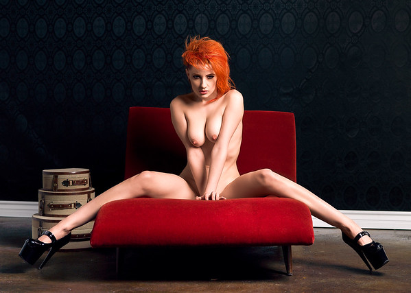 Urion Vex fine art nudet. NYC photography by Aaron Paul Rogers. Nude Punk girl.