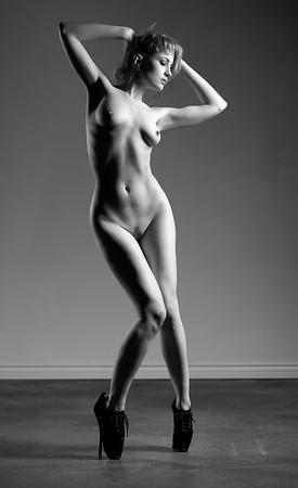 Fine art nude Ulorin Vex